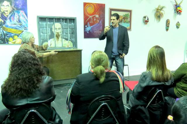 Uno de los objetivos del grupo para este año es hablar con los legisladores locales para instaurar el día de la discapacidad visual en Nevada. Miércoles 4 de enero en el Museo Hispano. | Foto E ...