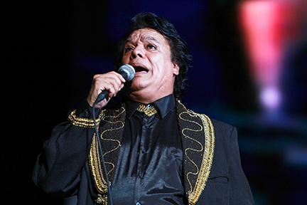 Los restos de Juan Gabriel quedarán finalmente en Ciudad Juarez, a la que amó siempre, según informó el gobernador de Chihuahua. Foto archivo Agencia).