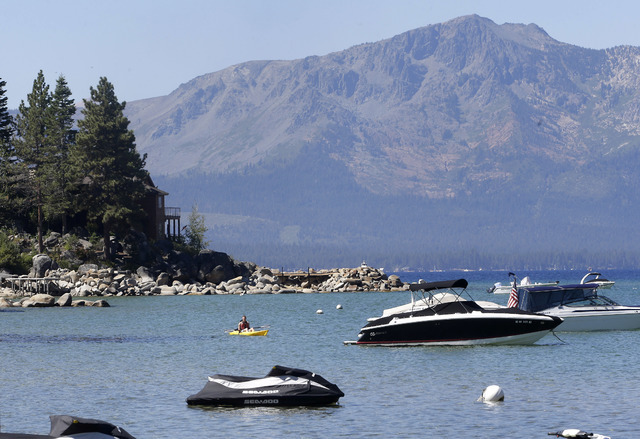 Foto de archivo del Lago Tahoe, en la zona Zephyr Cove, en el 2015. (The Associated Press).