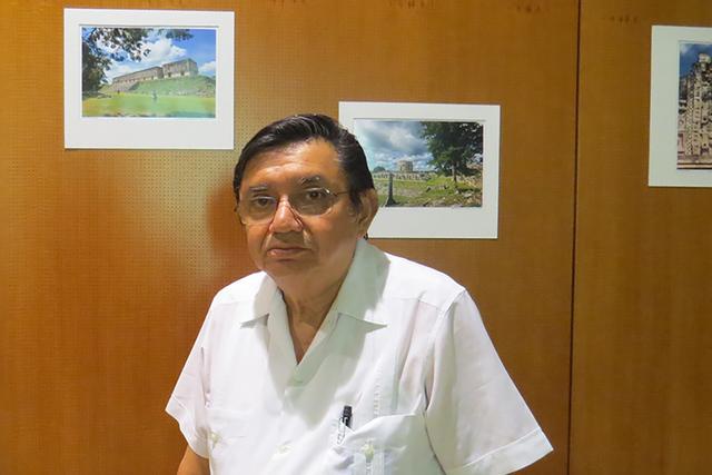 El arqueólogo Alfredo Barrera Rubio impartió una conferencia sobre la cultura maya en el edificio del Ayuntamiento de North Las Vegas, donde también se presentó una exposición fotográfica de ...