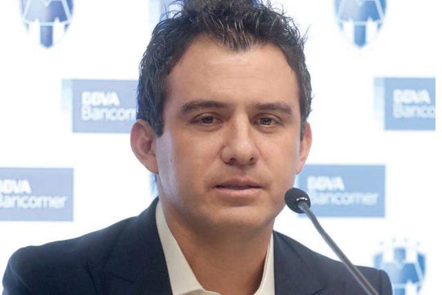 El exjugador de Necaxa, Rayados, Chivas, Querétaro y Jaguares Luis Pérez dio a conocer que viajará a Europa para continuar estudiando y permanecer ligado al futbol, iniciando en el equipo ibér ...