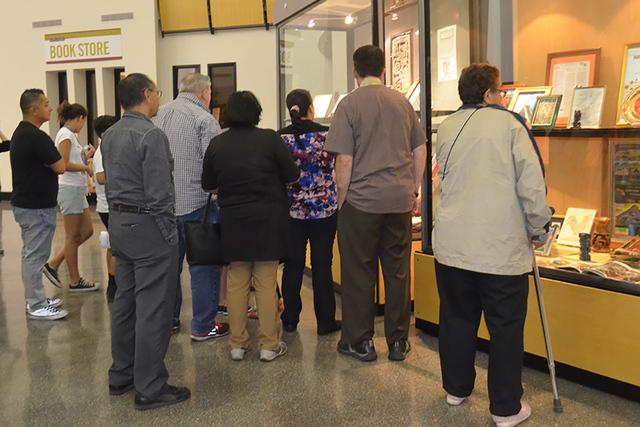 Un breve recorrido pero con gran interés de los asistentes especialmente de los americanos quienes mostraron bastante atención al Carlos Cervera. Foto El Tiempo