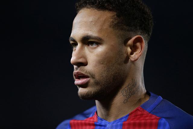 Neymar Jr., jugador del equipo Barcelona es acusado de corrupción. (AP Photo/Manu Fernandez).