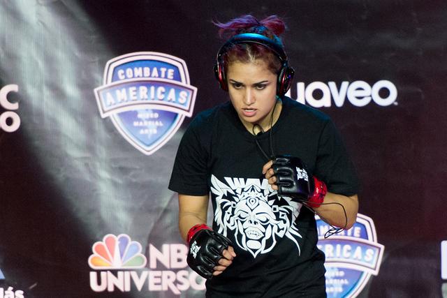 Nicdali Rivera 'torbellino' dentro de la jaula, es una estilista profesional y una amante de los deportes extremos. Foto: Cortesía Combate Americas.