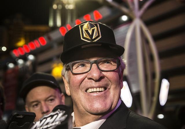 El propietario de los Golden Knights, Bill Foley luce feliz la noche cuando se develó el nombre y el logo del equipo de Hockey que representa a Nevada en la NHL, el 22 de noviembre del 2016, en L ...