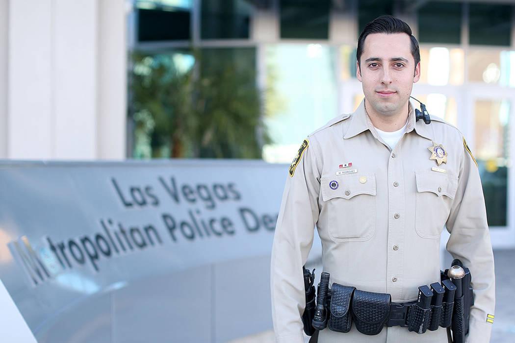 """""""Estamos aquí para proteger a nuestra comunidad y a todos los que viven aquí"""": Oficial y vocero de LVMPD, Michael Rodríguez. Foto Cortesía LVMPD"""