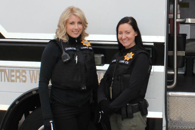 Las verdaderas CSI realizan un trabajo muy distinto al que se ve en televisión, según la investigadora de CSI, McIntyre, el sábado 7 de enero de 2017 en Parque Memorial. Foto El Tiempo