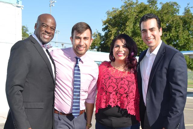 De izquierda Senador Kelvin Atkinson, Michael Flores, Astrid Silva y senador Rubén Kihuen durante el evento escolar. Foto El Tiempo