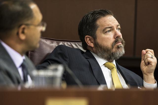Michael Roberson (R-Nev.), líder de la minoría del senado republicano en Nevada, durante el segundo día de la sesión Legislativa, el 7 de febrero del 2017, en Carson City. (Benjamin Hager/Las  ...