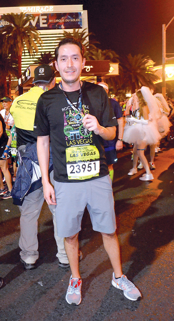 Foto 4 Desde Miami Micky Higareda también se hizo presente en el medio maratón. Foto El Tiempo