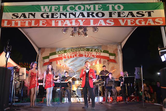 El escenario principal se vistió de gala con la presencia de Tony Sacca. Foto El Tiempo