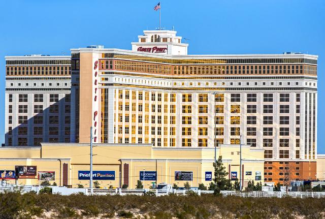 Hotel y casino South Point, en foto de archivo de Nov. 25 del 2016, en Las Vegas. (Foto Archivo/Benjamin Hager/Las Vegas Review-Journal).
