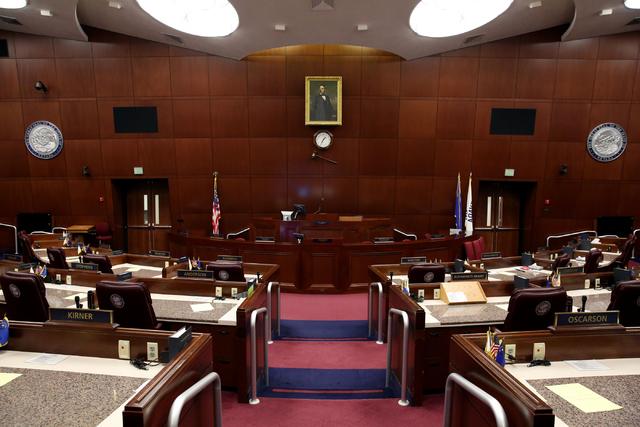 Esta es la sede de la Asamblea estatal, dentro del edificio de la Legislatura en Carson City, Nevada, fotografiada el 9 de octubre del 2016 antes de empezar una sesion extraordinaria convocada por ...