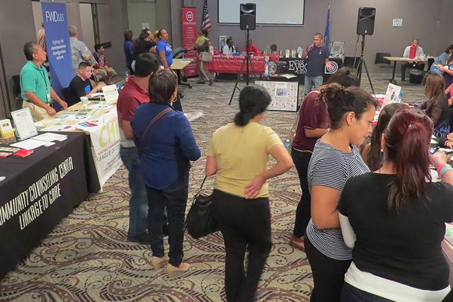 Cerca de 300 personas acudieron a conmemorar el Día Nacional de la Concientización del VIH/SIDA, en un evento donde participaron alrededor de 20 organizaciones e instituciones locales. Sábado 1 ...