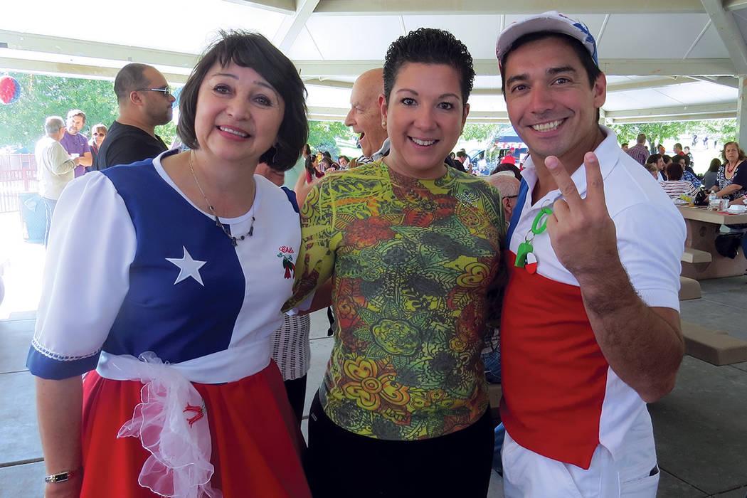 La Asociación Chilena Americana de Las Vegas y más de 200 chilenos se unieron para celebrar el aniversario de Independencia de su país. Sábado 24 de septiembre en el parque Mountain Crest. | F ...
