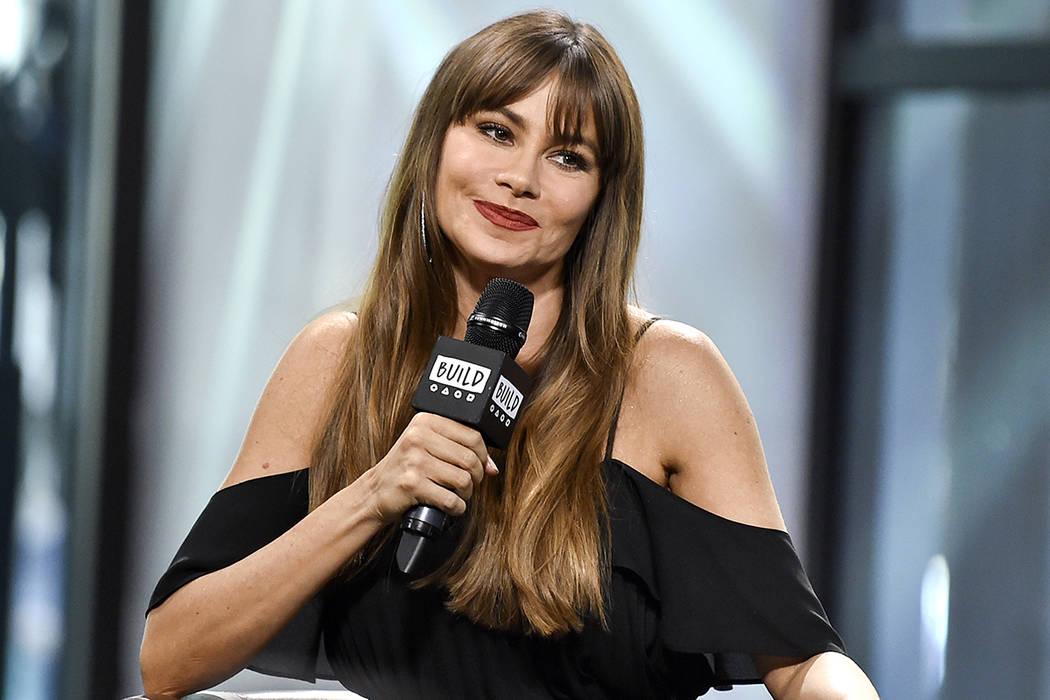 8db7deb6a5 La actriz Sofia Vergara participa en la Serie de Altavoces BUILD para  discutir su nueva línea