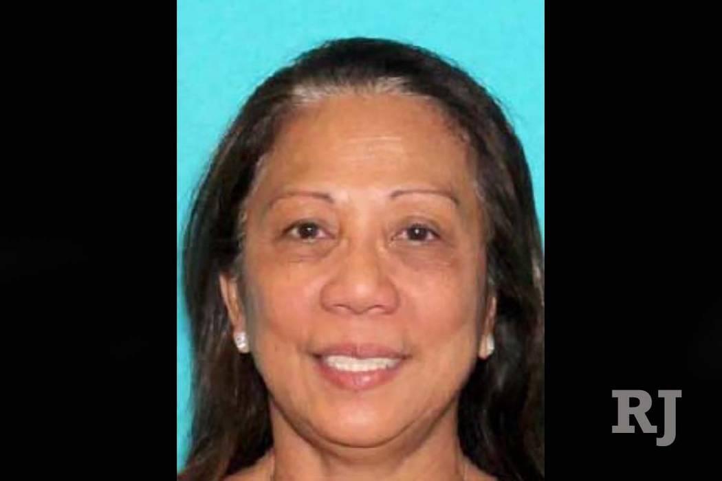 """La policía de Las Vegas está buscando a Marilou Danley, que según ellos es una """"persona de interés"""" en el tiroteo mortal del domingo en Las Vegas Strip. La policía cree que Danley estaba viaj ..."""