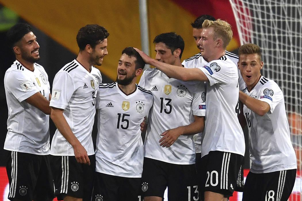 Los alemanes completan así nueve victorias en nueve partidos de la fase clasificatoria, mientras que los irlandeses encajaron su primera derrota en casa. | Foto cortesía.