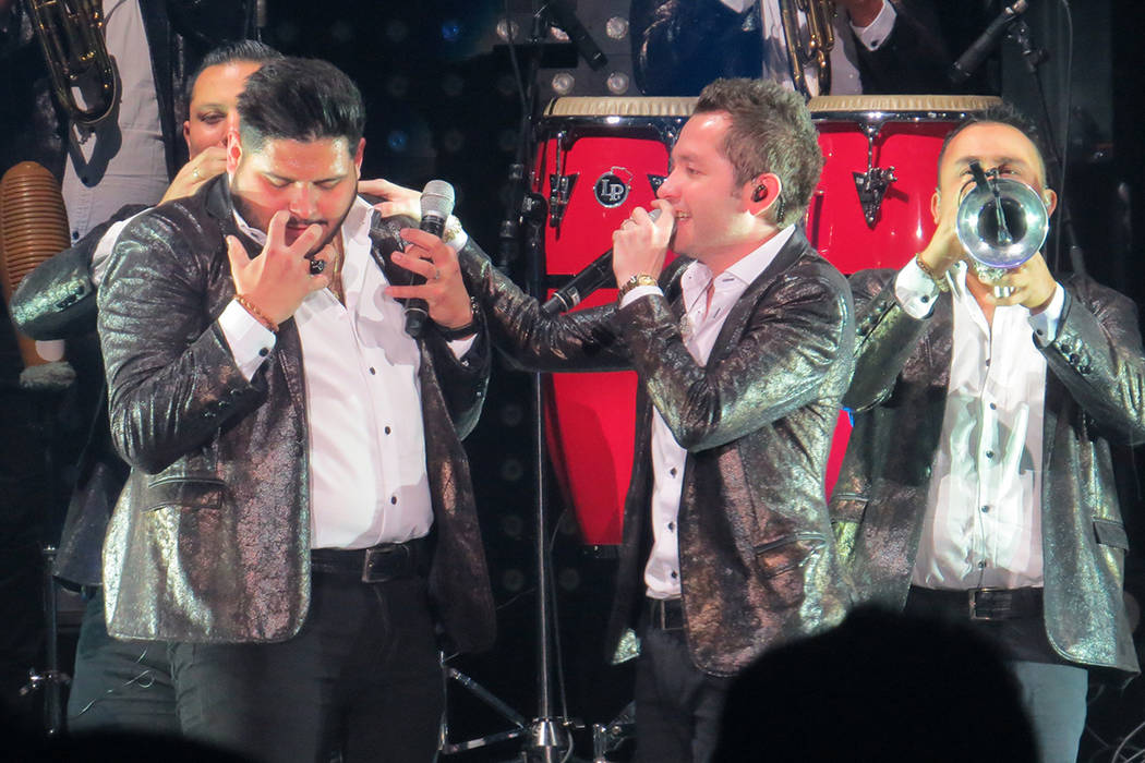 La Adictiva tocó sus grandes éxitos ante el público reunido en Primm. Sábado 14 de octubre en Star of the Desert Arena. | Foto Anthony Avellaneda / El Tiempo.