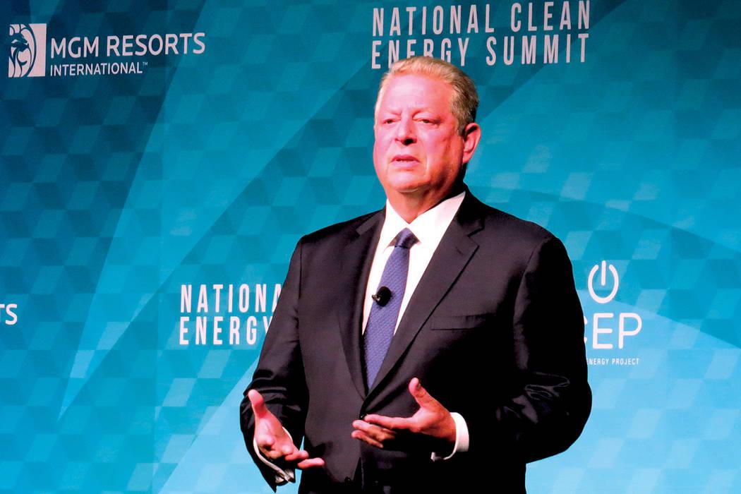 Exvicepresidente Al Gore aseveró que la decisión del presidente Trump de retirar a Estados Unidos del acuerdo climático de París fue un acto sin sustento. Viernes 13 de octubre en el hotel y c ...