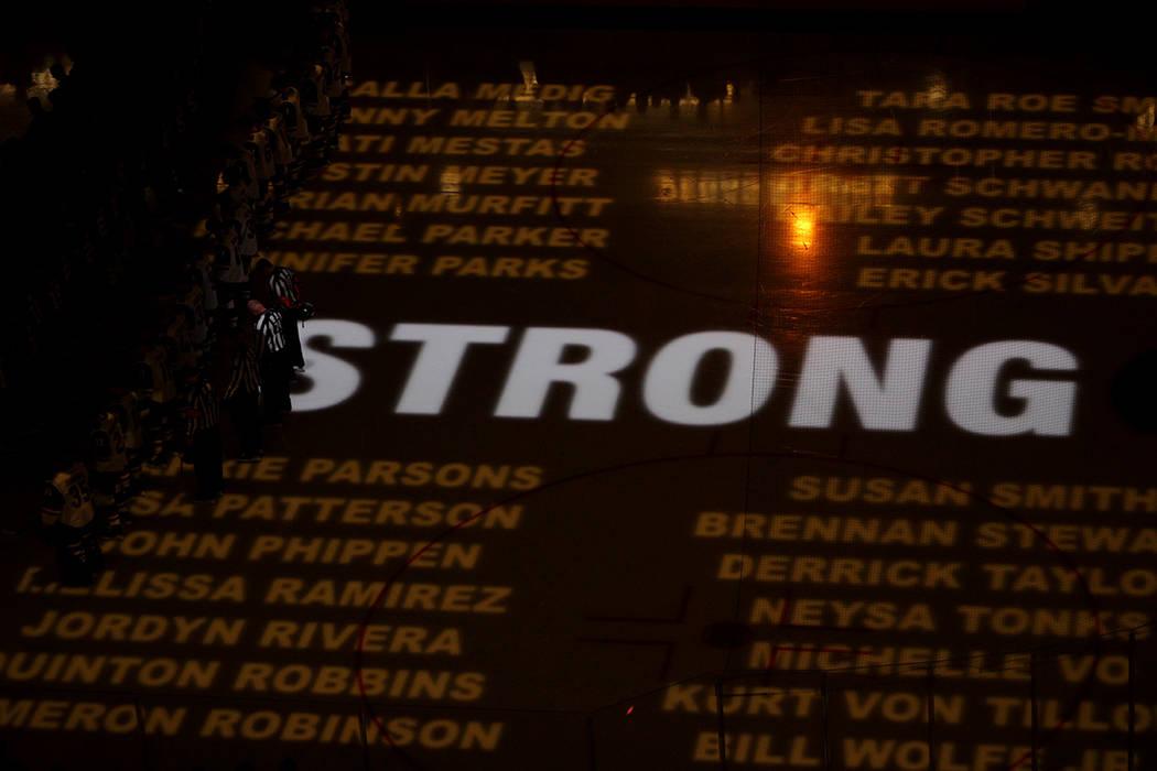 Miembros de la sociedad que ayudaron a las víctimas del atentado del 1 de octubre, recibieron un homenaje de parte de los Caballeros. Fotos T-Mobile Arena, octubre 10 del 2017, en Las Vegas, Neva ...