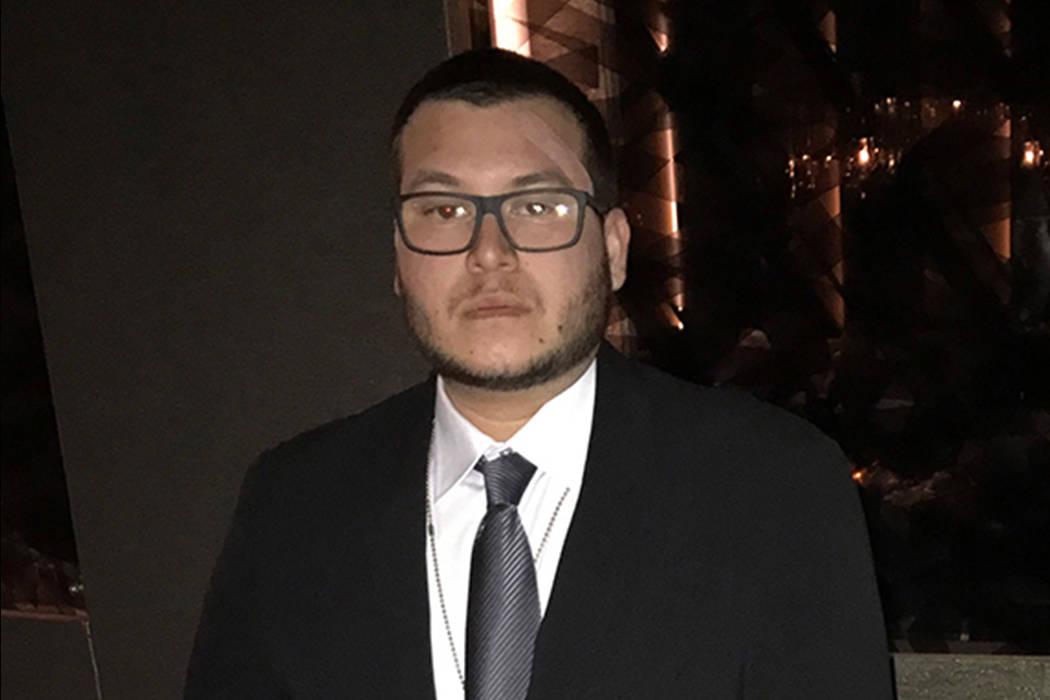 Jesus Campos, el guardia de seguridad del Mandalay Bay que se encontró por primera vez con el tirador masivo Stephen Paddock, aparece en una imagen proporcionada por los profesionales de la Unió ...