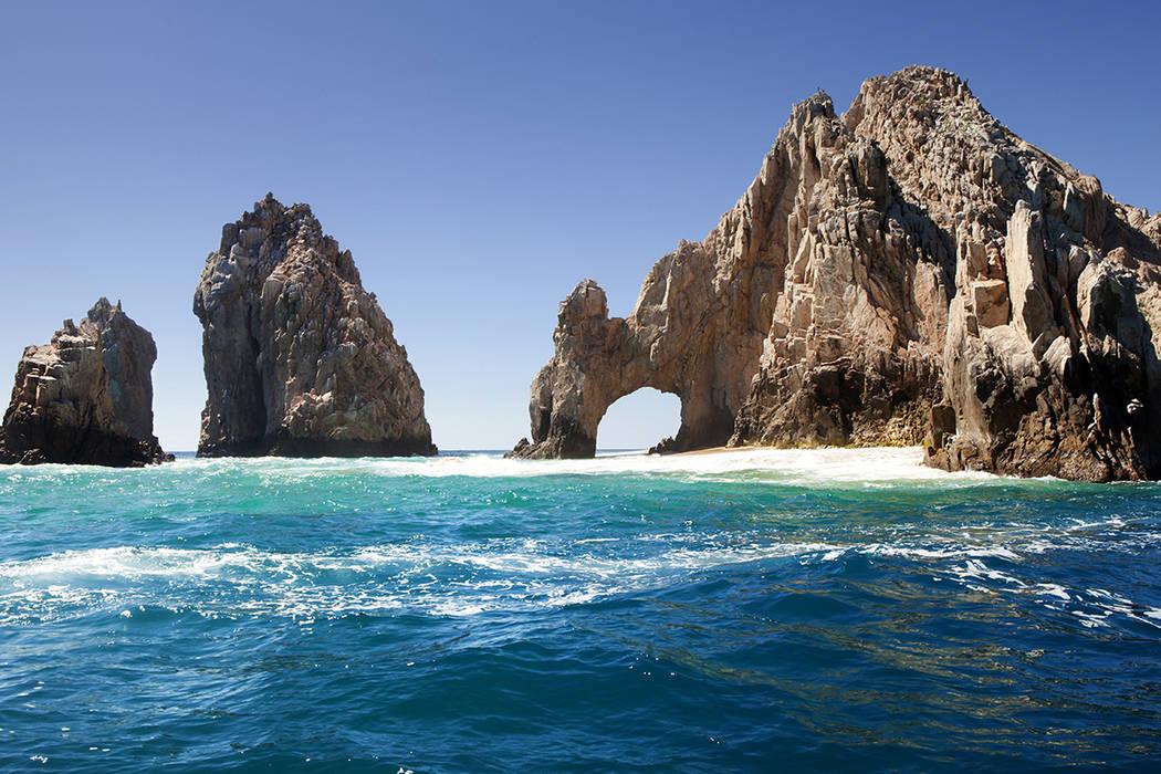 José, Andrés García y Julio César Chávez promueven Baja California mediante un anuncio publicitario, para continuar con el fomento del turismo en el estado.