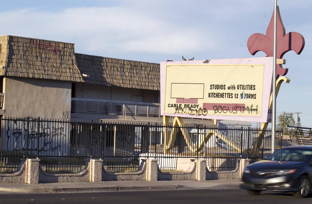 El desquebrajado Moulin Rouge, el primer hotel-casino desegregado que figura en el Registro Nacional de Lugares Históricos, el viernes 29 de septiembre de 2017, en Las Vegas. Richard Brian Las Ve ...