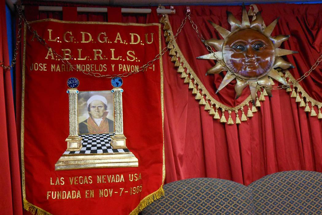 """Estandarte de la Logia Masona """"José María Morelos"""", en su templo de Las Vegas. 19 de octubre del 2017.   Foto Valdemar González / El Tiempo."""
