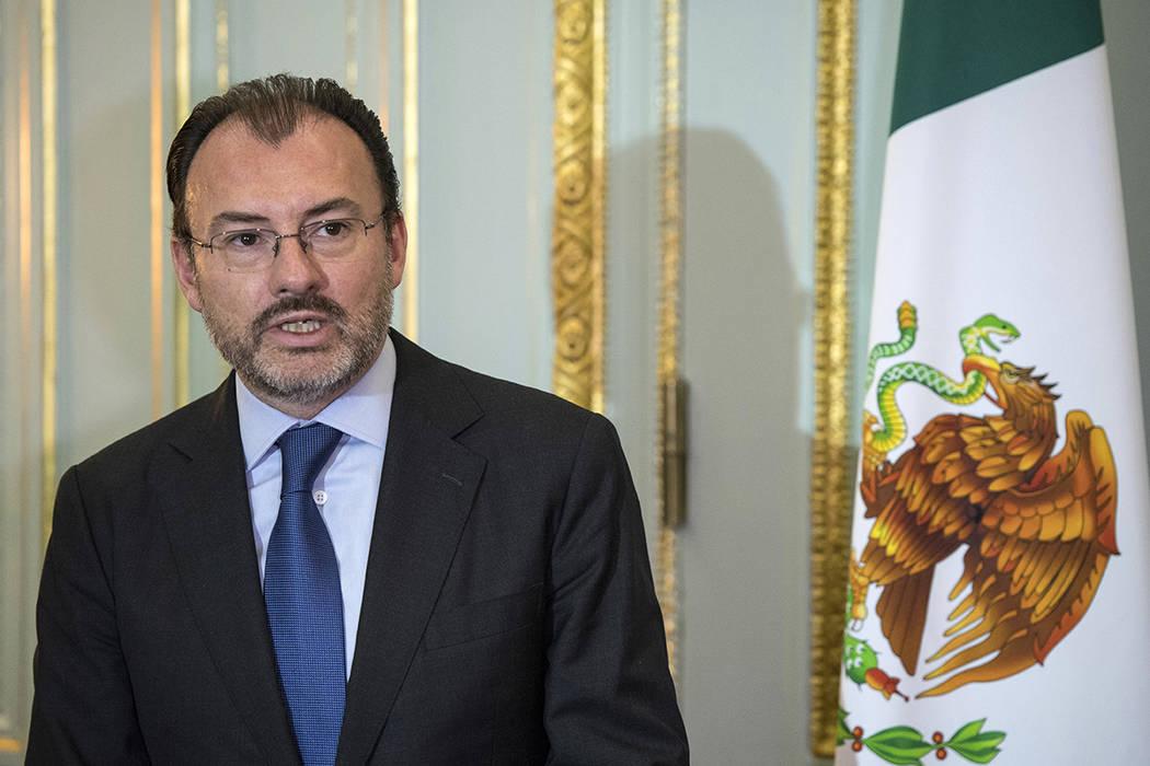 El titular de la Secretaría de Relaciones Exteriores (SRE), Luis Videgaray Caso. | Foto Chris J Ratcliffe/Pool via AP.
