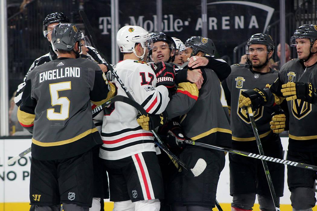 Las peleas en el hockey son permitidas siempre y cuando sea 1 vs 1. | Foto Cristian De la Rosa / El Tiempo.