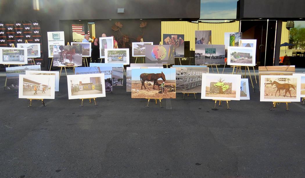 Algunos de los trabajos realizados por GDC fueron mostrados en una exposición fotográfica. Lunes 30 de octubre en GDC. | Foto Anthony Avellaneda / El Tiempo.