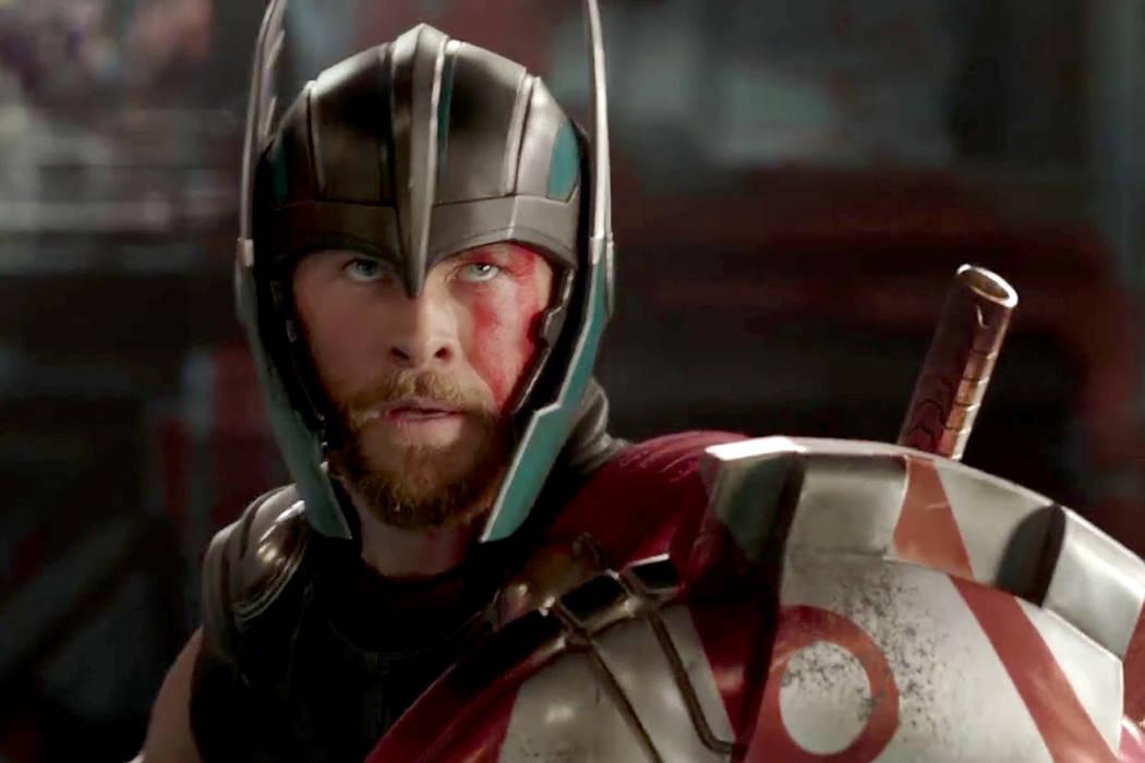 Con Chris Hemsworth de nuevo en la piel de Thor, este largometraje, dirigido por Taika Waititi, incluye en su conocido reparto a Cate Blanchett, Tom Hiddleston, Mark Ruffalo, Tessa Thompson y Anth ...