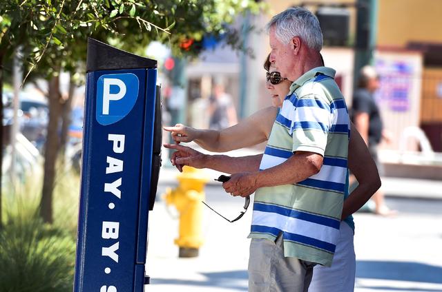 Una nueva aplicación facilitará el pago de estacionamiento en el centro de Las Vegas. (David Becker / Las Vegas Review-Journal)