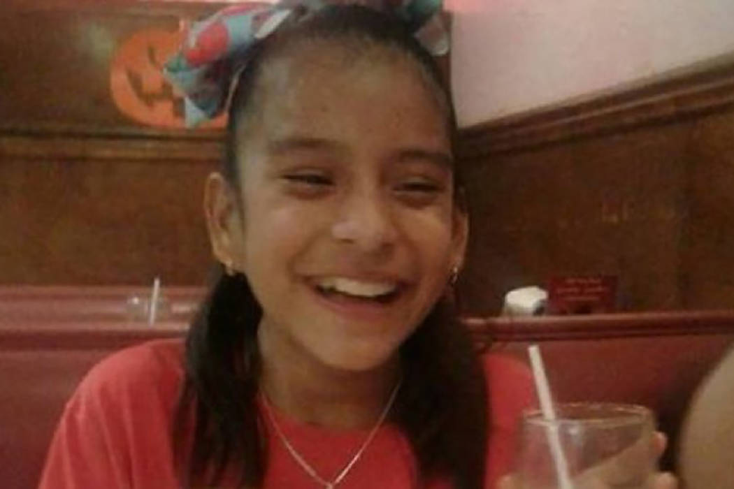 La menor mexicana Rosa María Hernández fue arrestada el pasado 25 de octubre por agentes de la Patrulla Fronteriza (CBP, por sus siglas en inglés) al ser dada de alta de un hospital en Corpus C ...