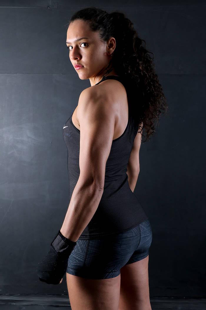 Alejandra Lara (125 libras) es originaria de Medellín, Colombia, y se ha convertido en la primera peleadora de su país en pertenecer a la empresa Bellator.   Foto cortesía.