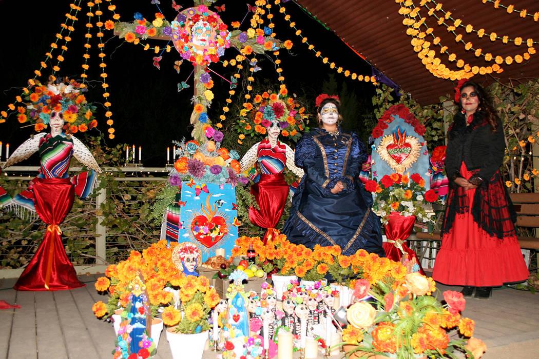 Altar tradicional, ganó Federación Hidalguense, en el Centro Cultural Winchester, el 2 de noviembre de 2017. | Foto Valdemar González / El Tiempo.
