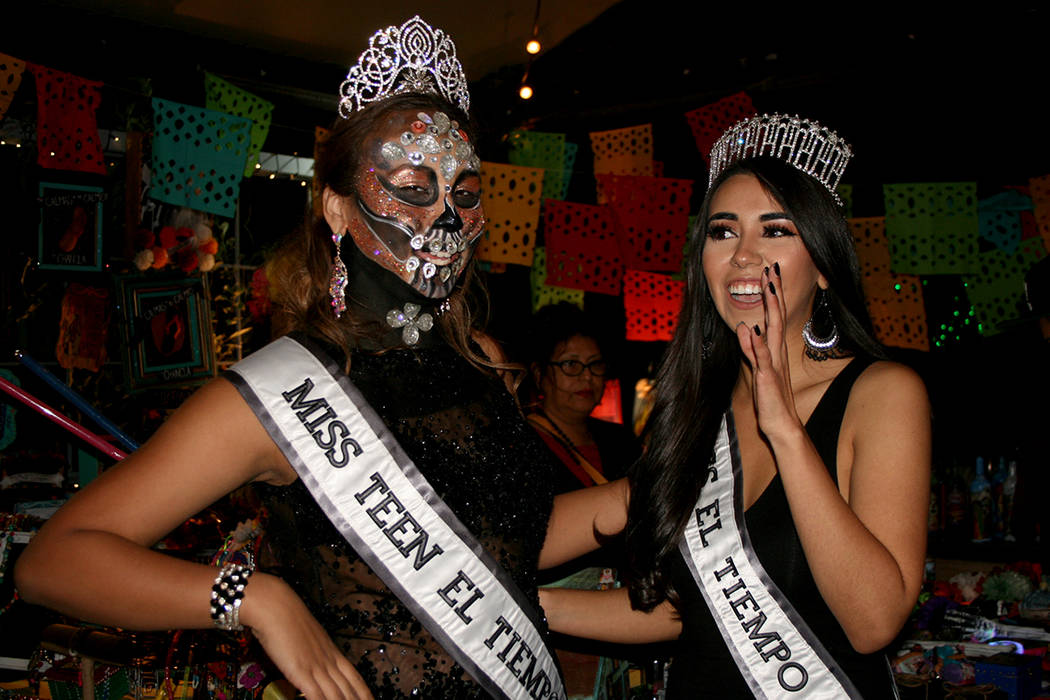 Miss Teen El Tiempo, Cathy Mosquera y Miss El Tiempo, Diana Cervantes. 5 de noviembre de 2017. | Foto Valdemar González / El Tiempo.