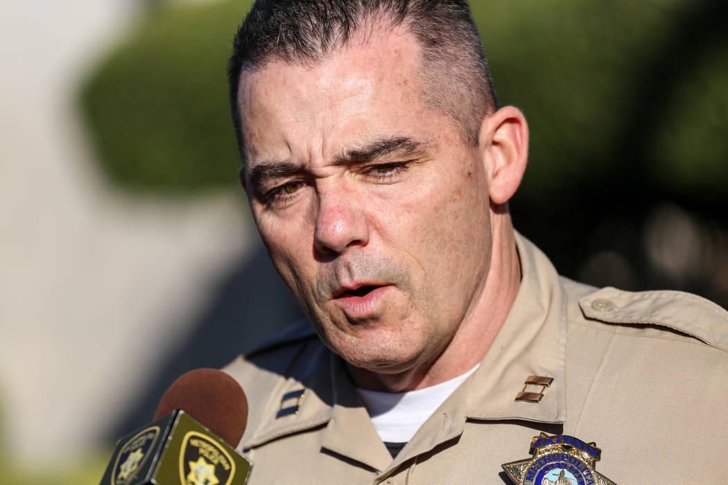 El capitán del Departamento Metropolitano de Policía Andrew Walsh habla durante una conferencia de prensa del Departamento de Policía Metropolitana sobre la paliza severa de Shelia Hawkins el 1 ...