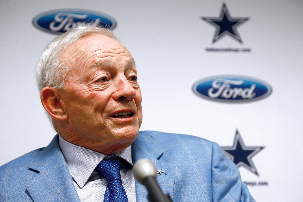 El dueño de los Dallas Cowboys, Jerry Jones. | Foto AP Photo/Ross D. Franklin.