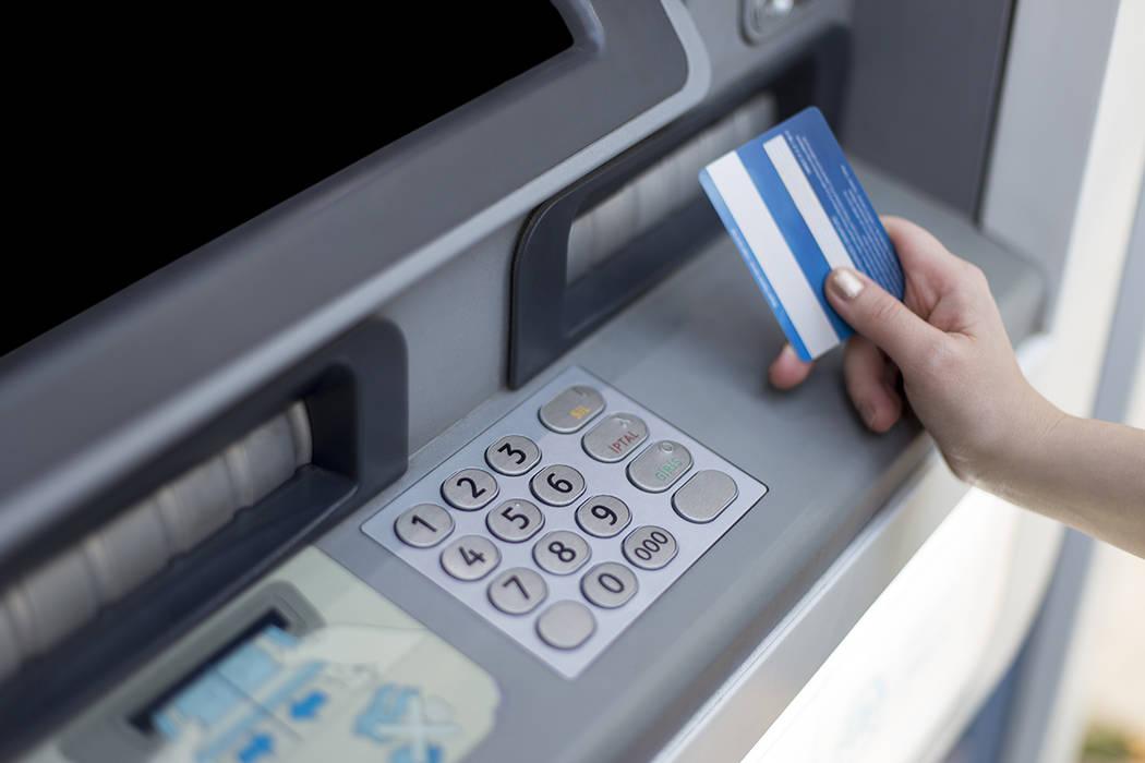Durante octubre 2016, el departamento de fraudes cibernéticos de LVMPD, recuperó 23 aparatos lectores de información bancaria, por lo que estiman se ahorraron hasta $46 mil millones de dólares.