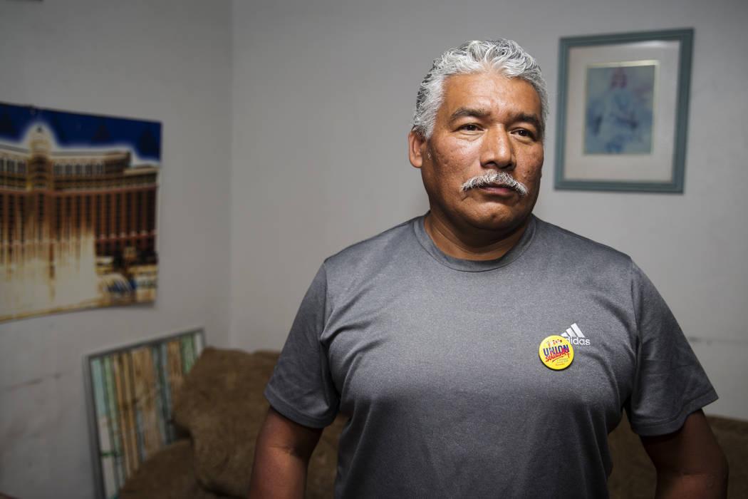 Victor Mora, un beneficiario de estatus protegido temporal de El Salvador, en su casa de North Las Vegas, el martes, 7 de noviembre de 2017. Erik Verduzco Las Vegas Review-Journal @Erik_Verduzco