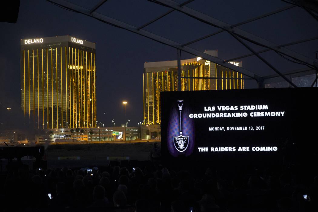 El sitio del futuro estadio de los Raiders durante la ceremonia de inauguración en Las Vegas, el lunes 13 de noviembre de 2017. Erik Verduzco Las Vegas Review-Journal @Erik_Verduzco