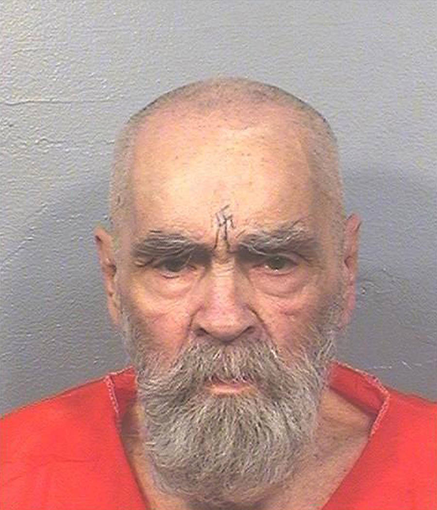 Esta foto del 14 de agosto de 2017 proporcionada por el Departamento de Correcciones y Rehabilitación de California muestra a Charles Manson. Una portavoz del Departamento de Corrección y Rehabi ...