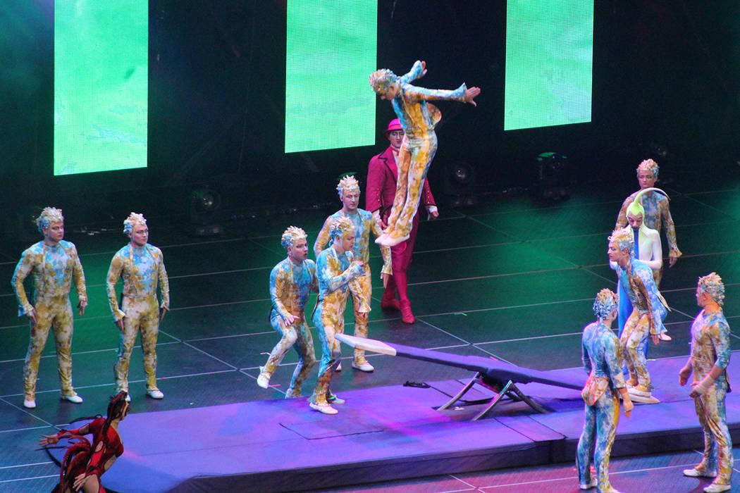El Circo del Sol no podía faltar en #VegasStrong, ya que Las Vegas es su principal ciudad de presentaciones. 1 de diciembre en T-Mobile Arena. | Foto Cristian De la Rosa / El Tiempo.