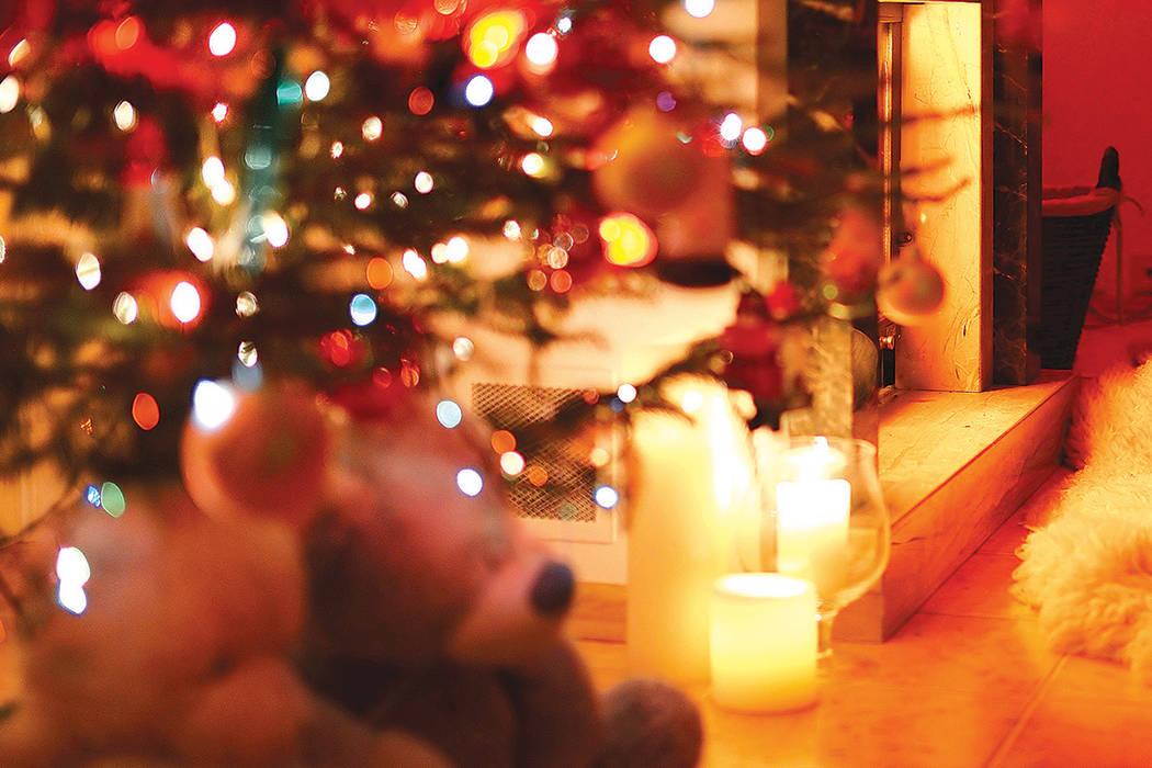 Las velas son agradables pero son la primera causa de incendios en una casa, y en diciembre es cuando más siniestros ocurren por esto. Tome especiales cuidados sobre todo cuando hay niños alrededor.