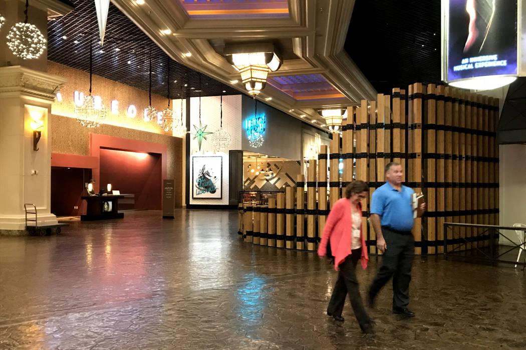 Los visitantes están presentes en Mandalay Bay en Las Vegas, martes, 28 de noviembre de 2017. Bridget Bennett Las Vegas Review-Journal