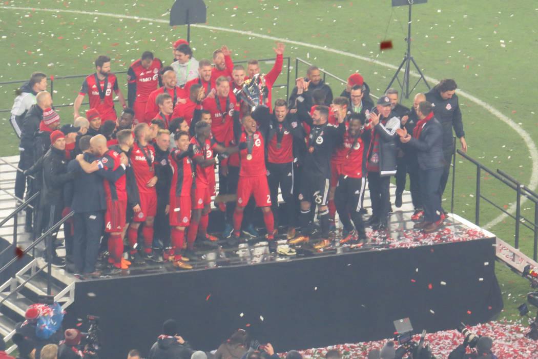 Toronto FC levanta el título de campeón de la temporada 2017 de la MLS. Sábado 9 de diciembre en BMO Field de Toronto, Canadá. | Foto Anthony Avellaneda / El Tiempo.