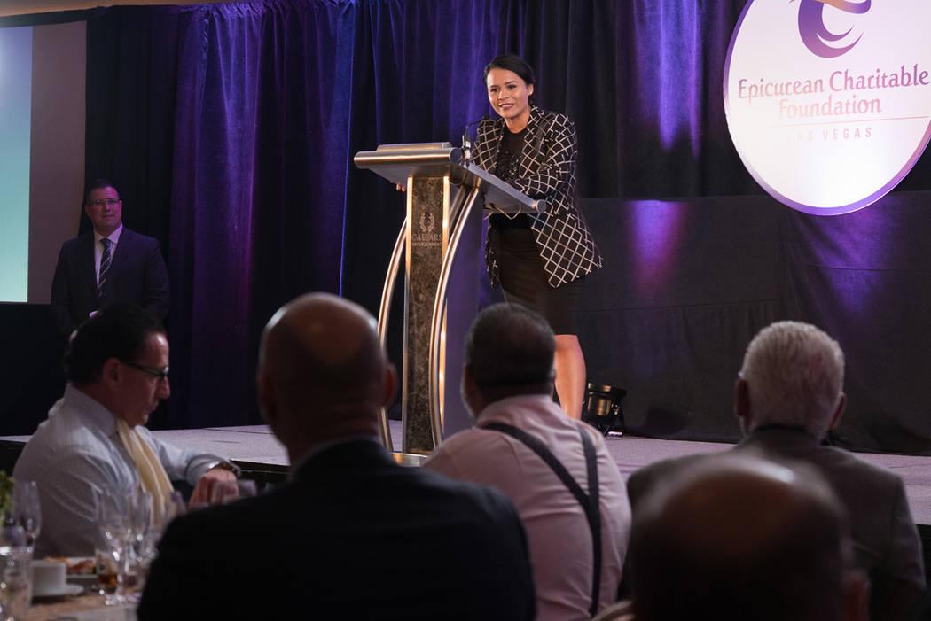 Martha Morales durante una conferencia. Foto Cortesía.