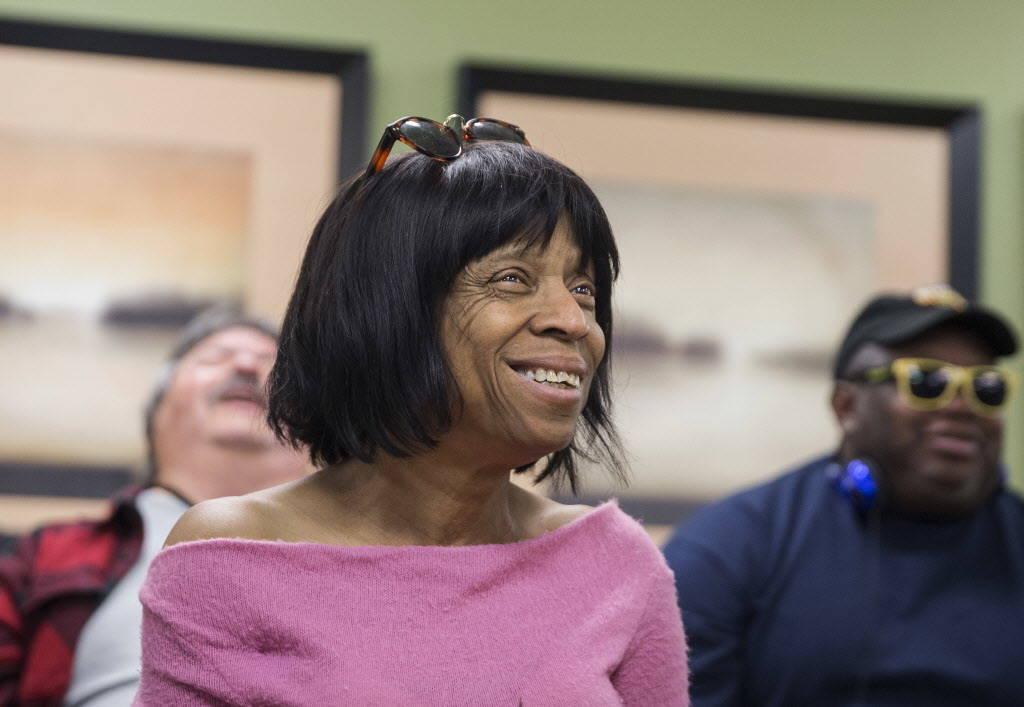 La ex-enfermera Brenda Graham, de 67 años, canta durante la práctica de coro en el Blind Center of Nevada el lunes, 11 de diciembre de 2017, en Las Vegas. Benjamin Hager Las Vegas Review-Journal ...